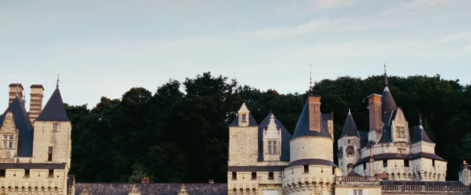French Chateaux: A cheap dream hard to finance