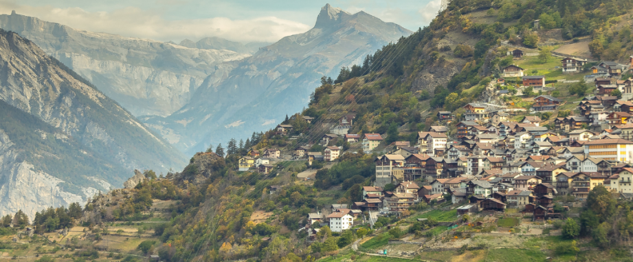 Latest transaction: €2,500,000 mortgage for a property in Val d'Isère
